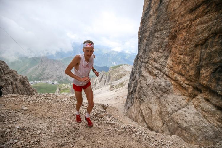 Anteprima foto Lo svizzero Remi Bonnet (4°)