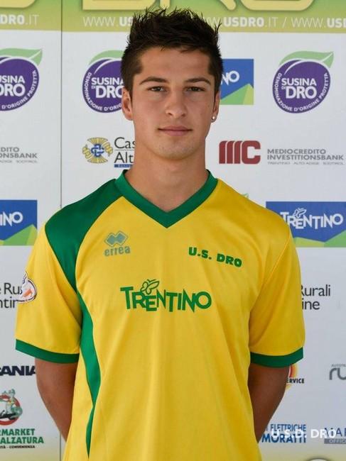 Simone Nicolini in maglia gialloverde