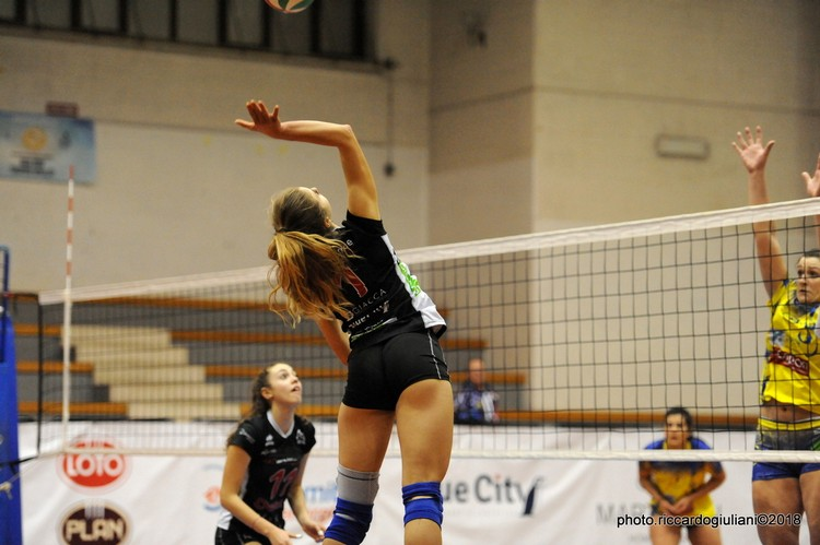 Anteprima foto Walliance Ata Trento -  Ezzelina Volley Carinatese