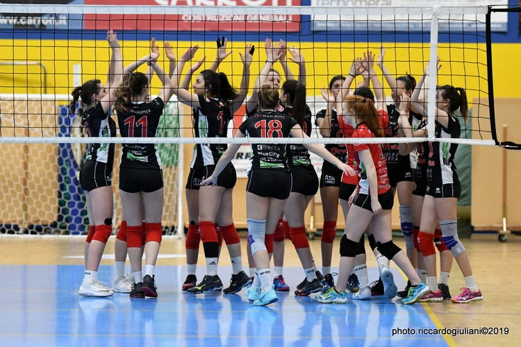 Anteprima foto Ezzelina Volley Carinatese - Walliance Ata Trento