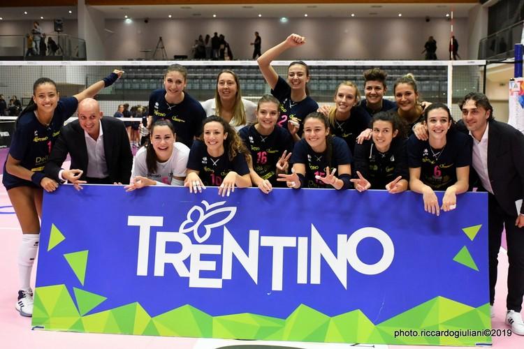 Anteprima foto Delta Informatica Trentino - Roana CBF H.R. Macerata