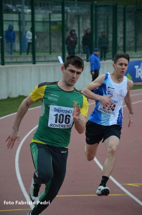 """Matteo Diodioni il """"giallo-verde"""" piu' veloce sui 150m"""