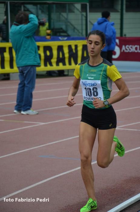Elisa Ducoli vince in solitaria il 2000m