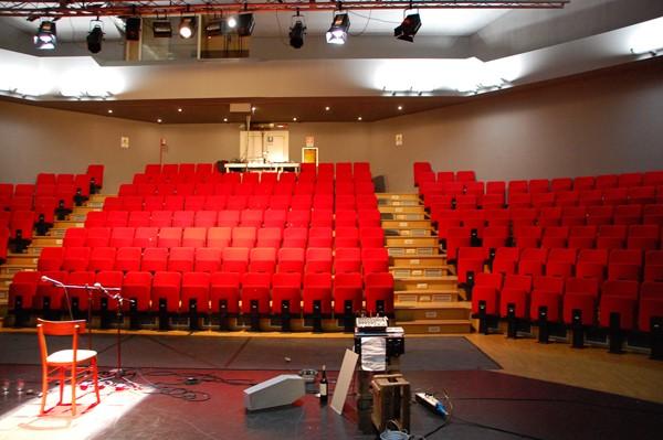 Anteprima foto Settimo torinese, teatro garybaldi