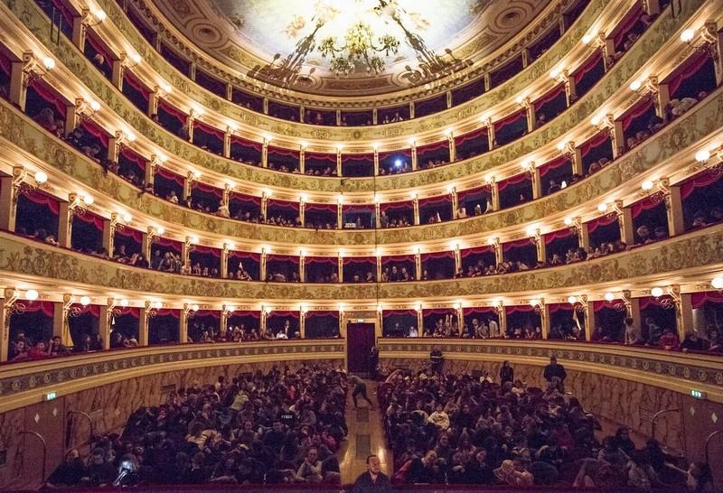 Anteprima foto teatro Ventidio Basso, Ascoli Piceno
