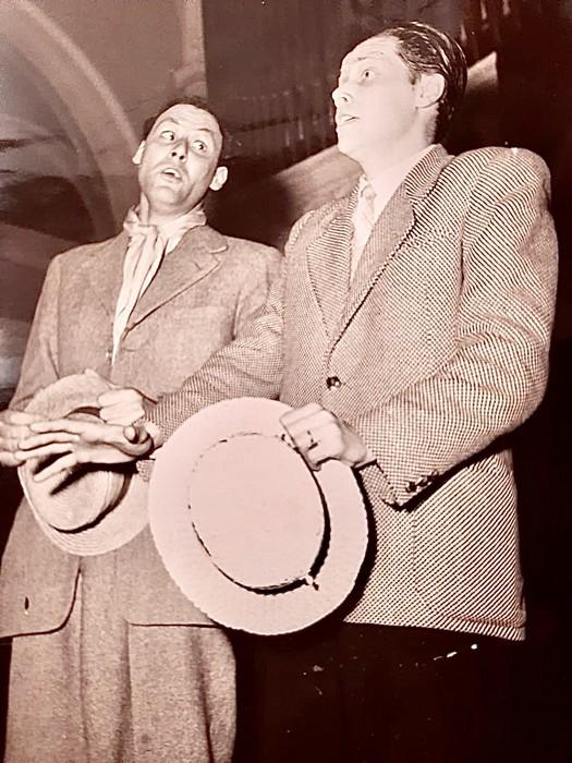 Anteprima foto Lino Lucchi e papà alla Filarmonica