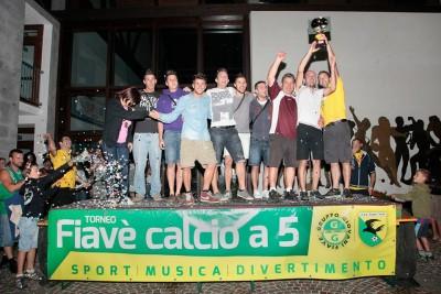 La squadra del Vecchio Mulino, vincitrice dell'edizione del 2013