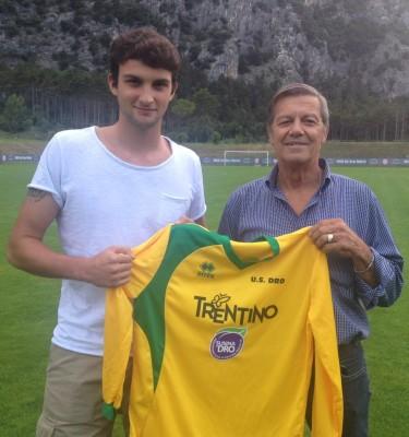 Luca Bertoldi con il presidente gialloverde Loris Angeli