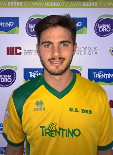 Juan Ezequiel Garcia con la maglia gialloverde