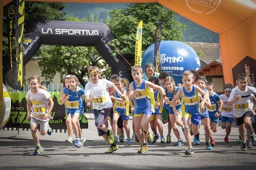 La partenza della Mini Stava Mountain Race (foto Modica)