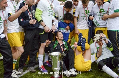Domenica 11 maggio 2014. Davide Zoller nel giorno della prima, e storica, promozione in serie D del Mori S. Stefano