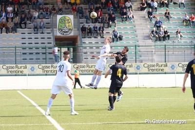 Nicola Dal Fiume ha lavorato sodo sui palloni più alti (Foto di Gabriele Margon)