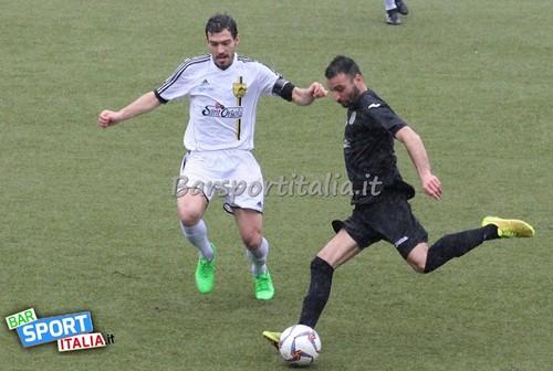 Tredicesima rete stagionale per l'attaccante Marco Marzocchella sul campo della Settaurense