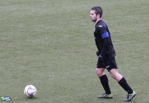 La caricata di capitan Cristelotti non è stata sufficiente ai tricolori per evitare la settima sconfitta stagionale (Foto BarSportItalia.it)