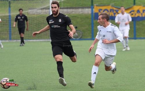Che sfortuna! Nicola Dal Fiume, a sinistra, dovrà saltare la finalissima di Coppa Italia a causa dell'infortunio rimediato nell'ultima giornata del girone d'andata (Foto Barsportitalia.it)
