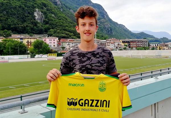 Daniel Carotta, classe 2003, torna all'ombra di Montalbano dopo un'importante esperienza nel settore giovanile professionistico del Chievo Verona