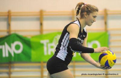 Katerina Pucnik in maglia Argentario nella stagione 2012/13 (foto Riccardo Giuliani)