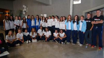 Foto di gruppo per le ragazze di Marzola, Ausugum e Caldaro