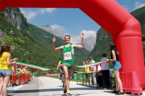 "L'arrivo vittorioso di Emanuele Franceschini nella gara ""long"" (foto Ylenia Bianchi)"