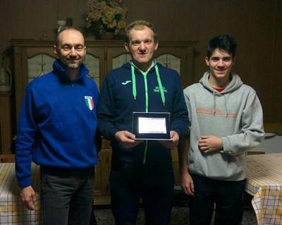 Il podio dell'assoluto con ai primi due posti i due moriani Diego Tranquillini e Riccardo Agosti, seguiti da Damiano Leonardi di Preore