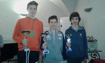 I primi tre classificati del girone ragazzi, Emiliano Deimichei, Damian Rogodjina e Samuele Regolini