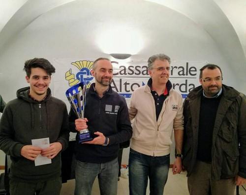 Il podio del regionale assoluto con il sindaco di Mori Stefano Barozzi