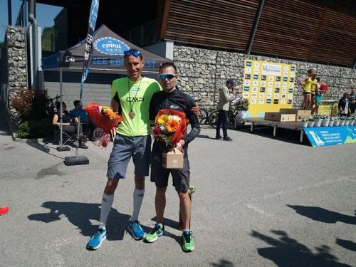 Luca (1°assoluto Maratona) e Enrico (3°assoluto Mezza Maratona) alle premiazioni