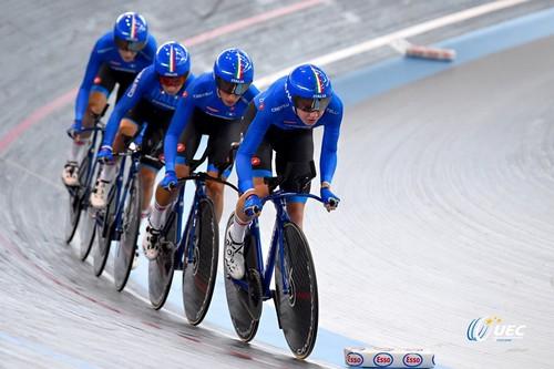 Il quartetto azzurro con Letizia Paternoster durante le qualificazioni dell'inseguimento a squadre