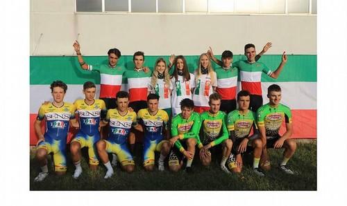 Il podio della cronosquadre under 23 vinta dal Team Colpack