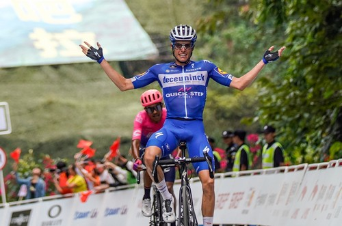 L'arrivo vittorioso di Eric Mas al Tour of Guangxi