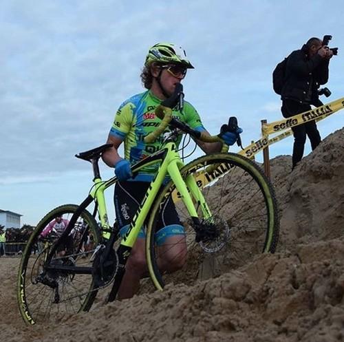 Il sempreverde Martino Fruet in azione sulla sabbia di Jesolo