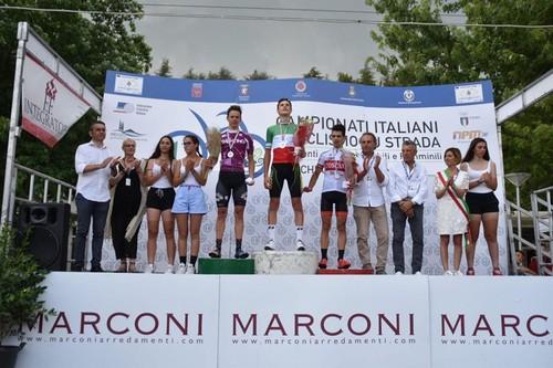 Marco Andreaus (a sinistra) sul podio ai Campionati Italiani
