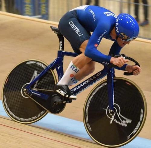 Matteo Bianchi in azione in maglia azzurra