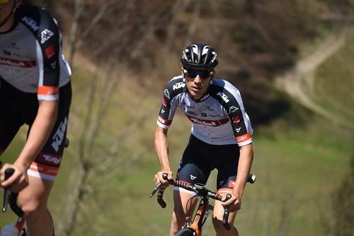 Samuele Rivi in azione con la maglia della Tyrol Cycling