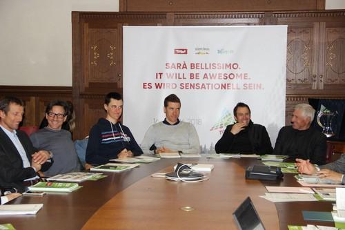 Il tavolo dei relatori con Fondriest, Bertolini, Conci, Filosi, Simoni e Moser