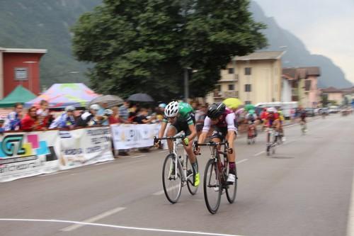 La volata vincente di Thomas Capra al 3° Piccolo Giro d'Oro