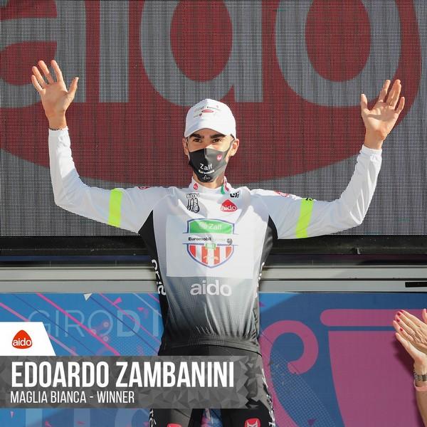 Edoardo Zambanini in maglia bianca al Giro U23