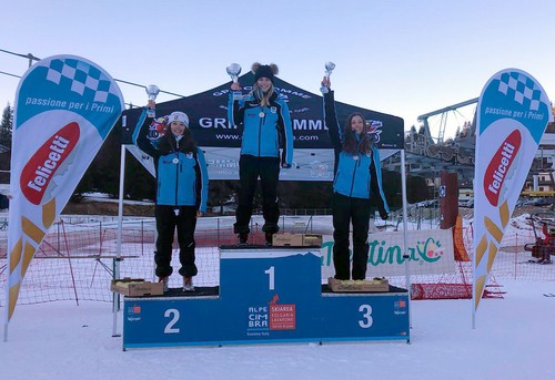 Il podio dei campionati trentini junior femminile di gigante