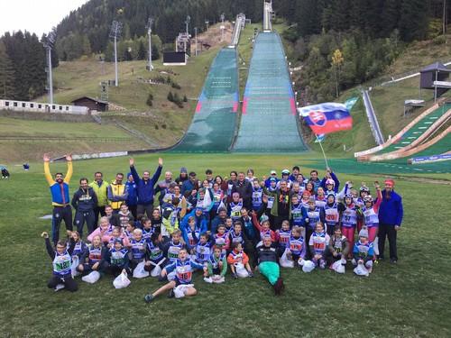 I giovani saltatori di tutta Europa a Predazzo
