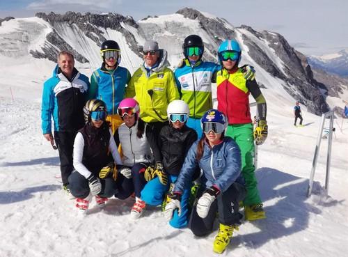 Il nuovo team di skicross di Fisi Trentino