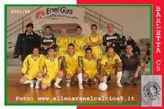 La squadra del Barletta C5 con Coratella