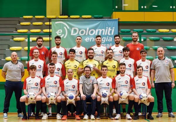 Foto di gruppo per la Dolomiti Energia Futsal (foto L.Hodaj)