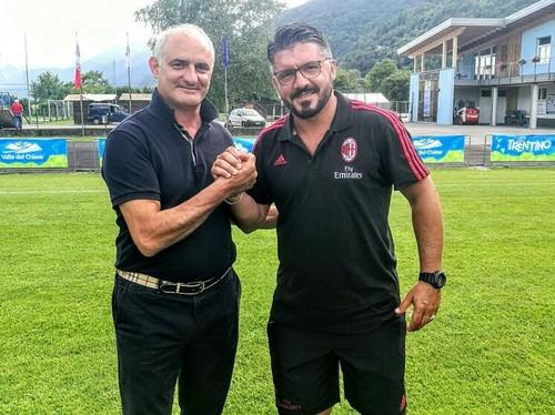 Massimo Valenti, presidente del Consorzio Turistico, con mister Rino Gattuso