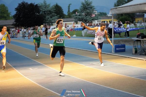 Enrico Cavagna fa doppietta sui 100m e 200m