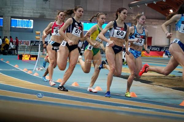 Sophia Favalli in gara sugli 800m (foto Atleticamente)