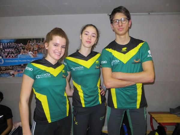 Aurora Prosser, Dori Nicole Cervantes ed Alessandro Gobbi a Saronno (foto E. Gobbi)