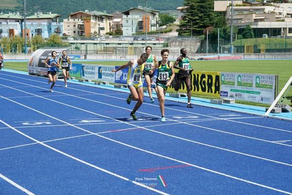 Simone Valduga si aggiudica gli 800m
