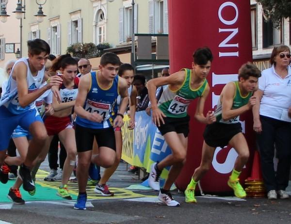 La partenza della gara Cadetti, a destra i nostri Barozzi  e Carpentari (foto G. Bianchi).