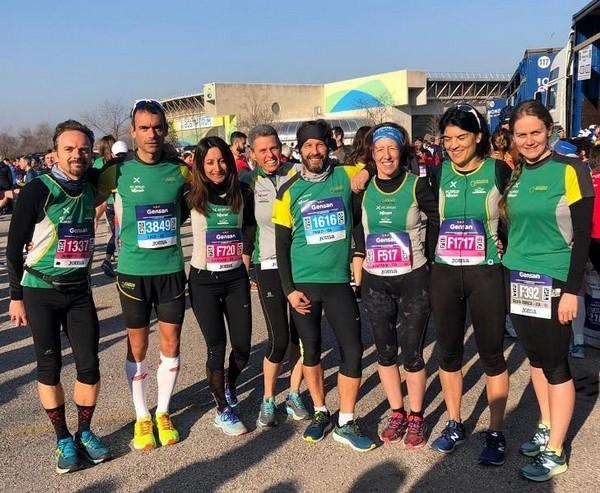 """Foto di gruppo per i partecipanti alla """"Giulietta e Romeo Half Marathon"""""""