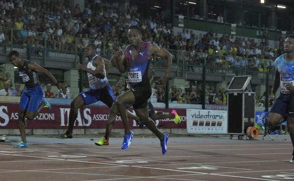 Il jamaicano J. Forte vince i 100m in 10.08 (foto M. Volvan)